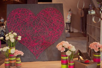 diy string heart 06 e1358212534759 16 fabulous DIY artwork tutorials