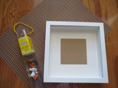 img 0092 e1360020291261 favorite things shadowbox {a tutorial}