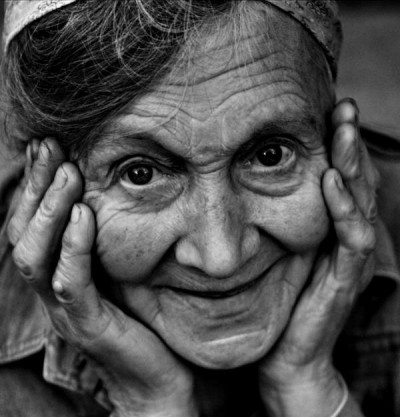 old-smiling-woman