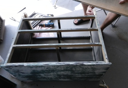 Fish Stand After Paint 2